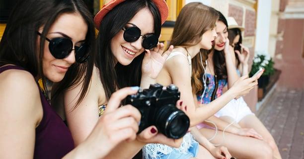 Blog-3 maneras en que la sociedad influye en la conducta de las adolescentes-F