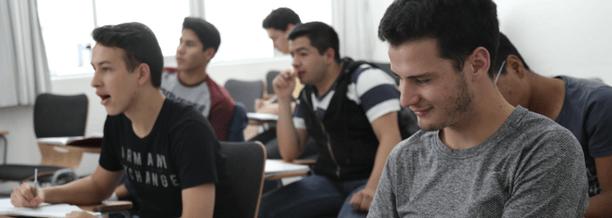 prepas-privadas-mentoring-ayuda-jovenes.png
