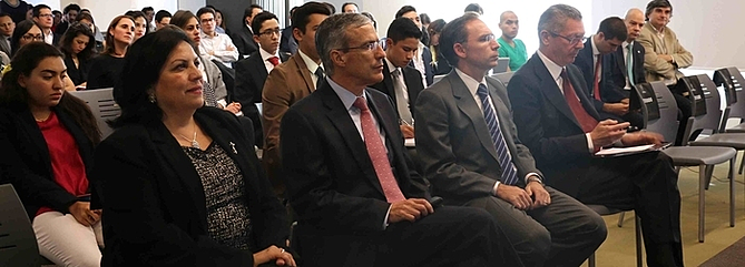 conferencia-licenciatura-en-gobierno-y-politicas-publicas-UP.png
