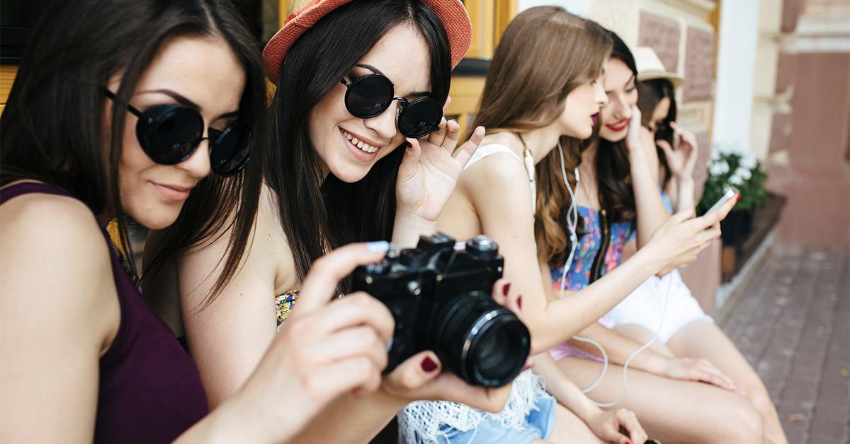 3 maneras en que la sociedad influye en la conducta de las adolescentes