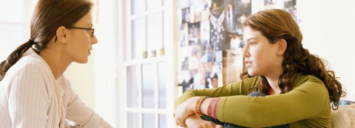 Tips para comunicarte mejor con tu hija adolescente