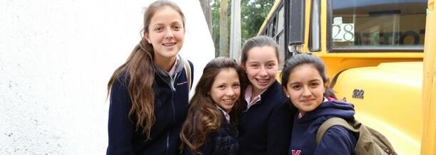 La importancia de la amistad femenina durante la adolescencia