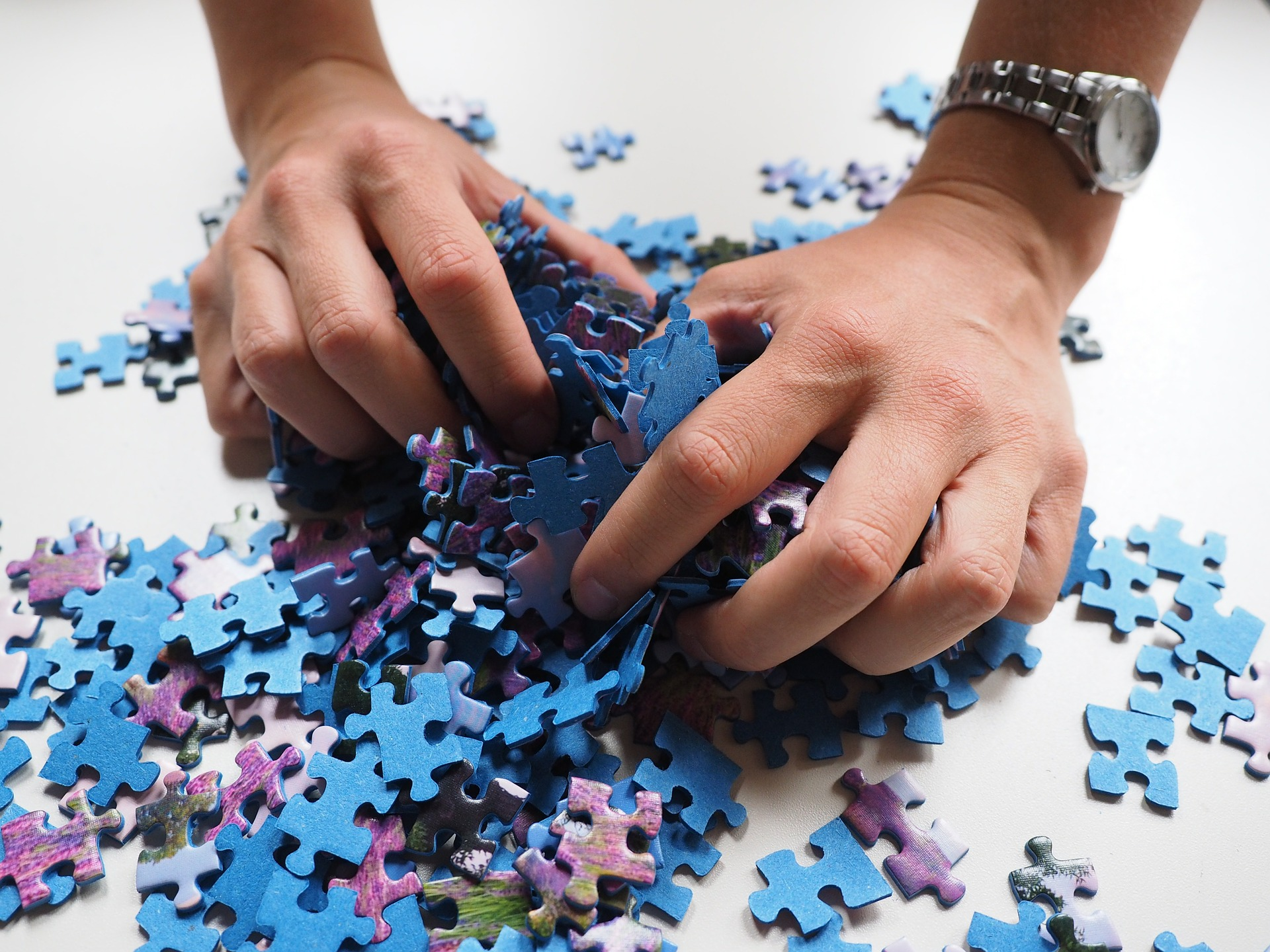pieces-of-the-puzzle-592798_1920